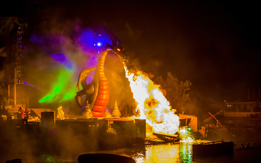 disney-fantasmic
