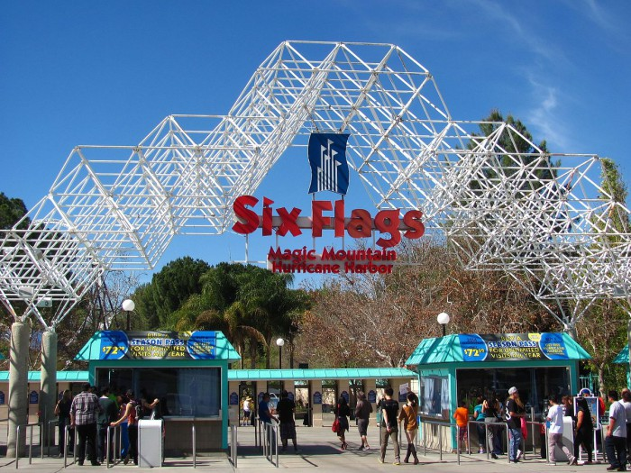 parque six flags mountain los angeles
